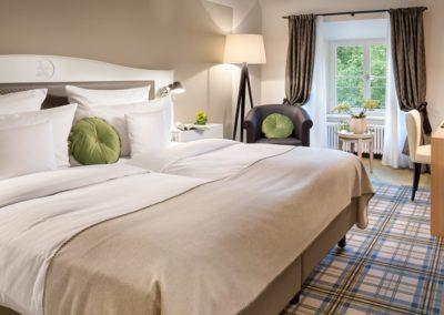 hotel jagdschloss kranichstein zimmer suite diana schlafzimmer